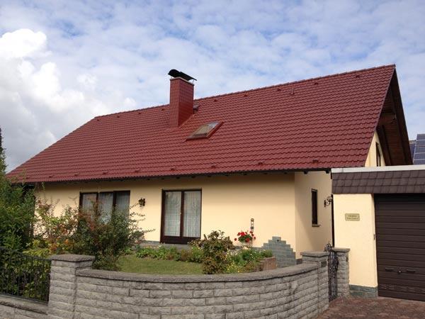 Dachbeschichtung-rot